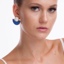 Brinco-Marina-Quartzo-Azul-e-Perola-Modelo